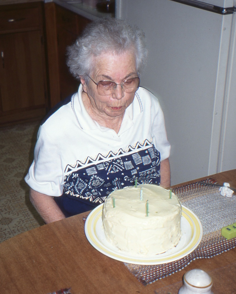 momma with cake